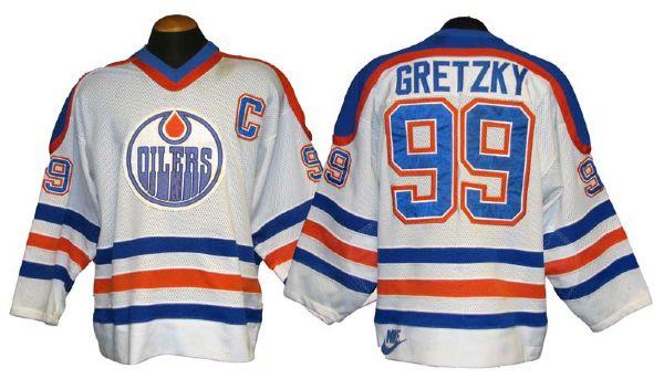 separation shoes df194 b2291 Lot Detail - 1984-85 Wayne Gretzky Edmonton Oilers Game-Used ...
